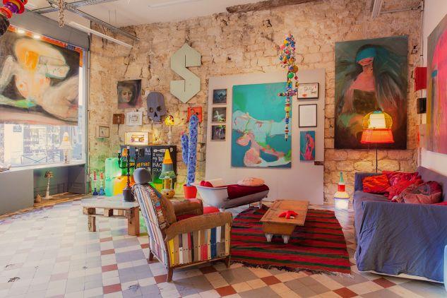 """Galerie Obrose.... La galerie idéale pour Héloïse & Cie - exposition """"home sweet home"""", curateurs Nathalie Harvey et Regis-R. Crédits Nicolas Jardy."""