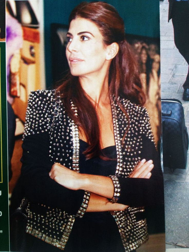Juliana Awada por #Ginebra love this jacket!!