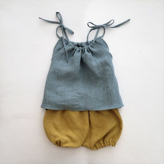 Toddler girl linen top / Shoulder tie shirt Color : French Blue Made of vintage washed linen fabric woven of 100% Belgian flax, made in Japan.