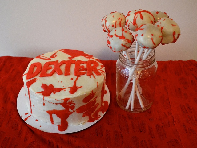 Dexter cake and cake pops