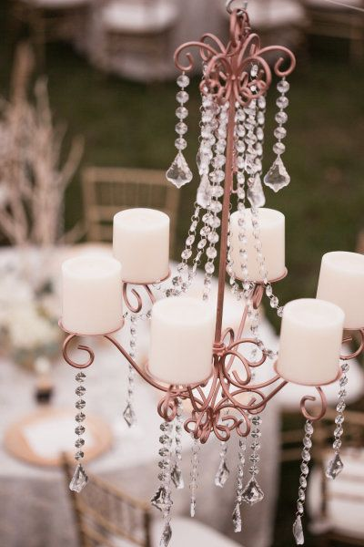 How wonderful with chandeliers as wedding decorations!: Crystals Chand, Floral Design, Inviteddesignstudio Com, Wedding Decor, Jana Williams, Williams Photography, Design Studios, Style Me Pretty, Events Plans