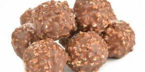 Σοκολατάκια με φουντούκια και γκοφρέτα