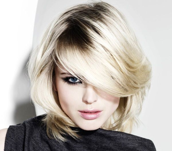 Il ciuffo laterale con i capelli lunghi o corti, tutte le tendenze 2013