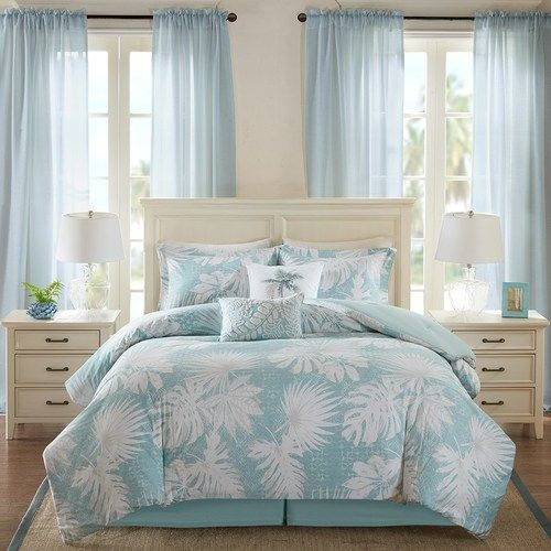 Transform your bedroom into a peaceful oasis with the Sea Palm Grove 6-Piece Queen Size Comforter Set.