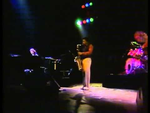 Weather Report  Live in Offenbach, Germany  Sept. 28, 1978    Artists:  - Joe Zawinul (keyboards)  - Wanye Shorter (tenor and soprano saxophone)  - Jaco Pastorius (electric bass)  - Peter Erkskine (drums)    Tracklist:    01. Black Market  02. Scarlet Woman  03. Young and Fine  04. The Pursuit of the Woman with the Feathered Hat  05. A Remark You Made  06. River...