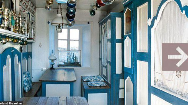 60 m2 au sol : la maison bleue d'Olivier Py