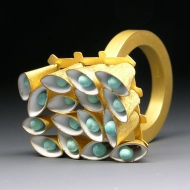 Contemporary Jewellery Design // Jacqueline Ryan: Ring with Mint Green Moveable Cones