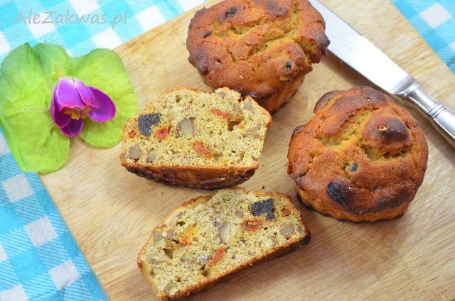 muffinki bez zbóż z maki grochowej z suszoną śliwką