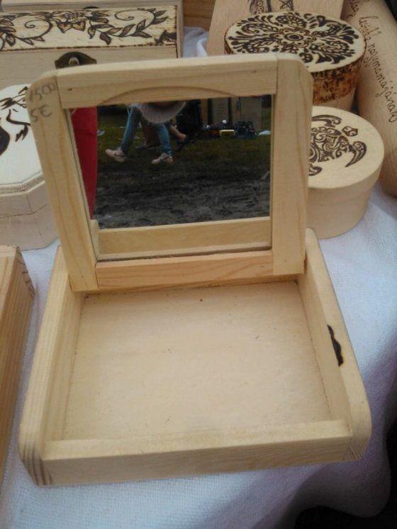 Tükrös lovas fa dobozka