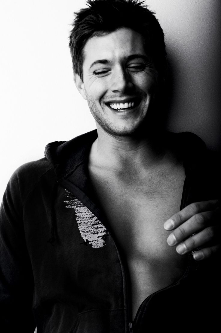 sucker for a man with a great smile :) ((jensen ackles))