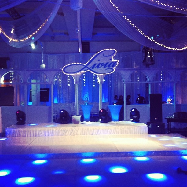 42 best winter formal dance decoration ideas images on for Winter dance decorations
