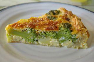 zadanie - gotowanie: Tarta z brokułami, ziemniakami i cheddarem.
