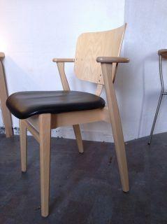 Domus chair (Artek)