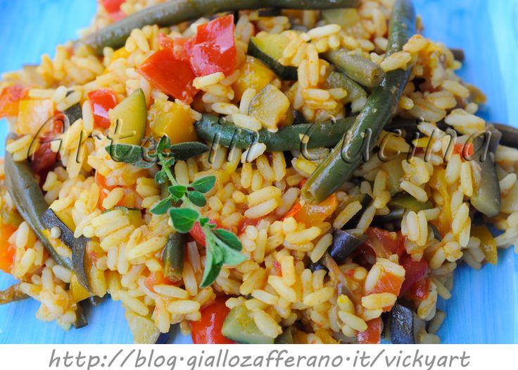 Paella vegetariana ricetta con verdure e zafferano. risotto allo zafferano, verdure miste, primo piatto light , ricetta estiva, leggera, facile, pranzo, cena