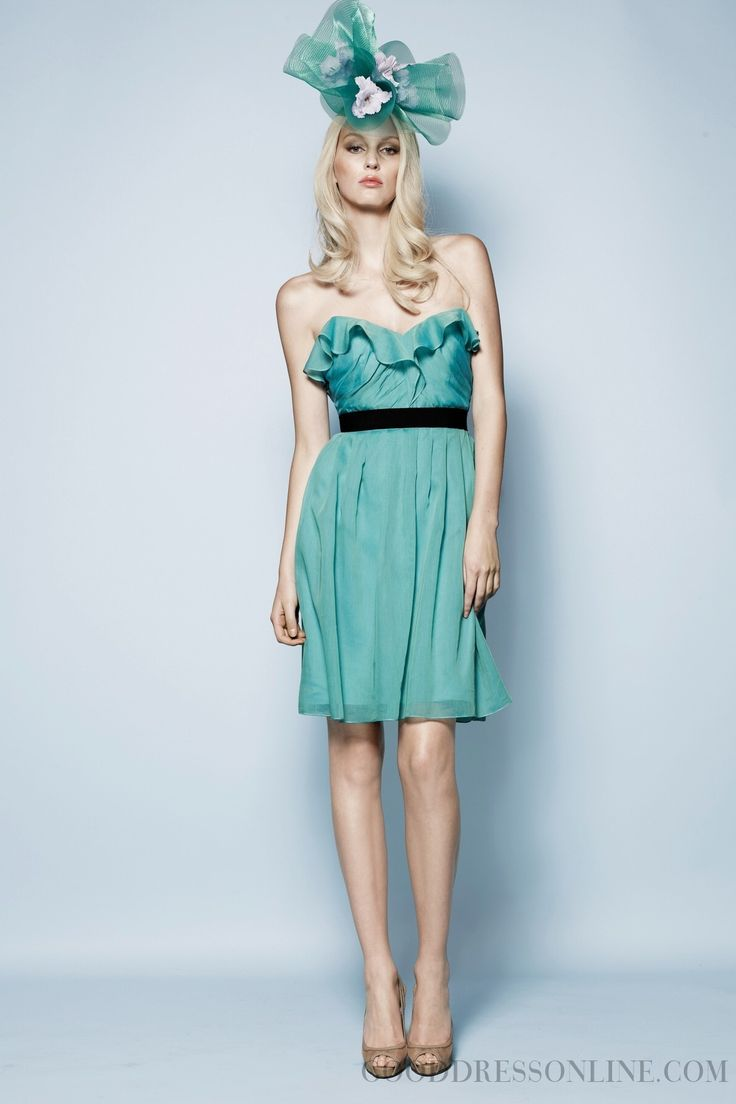 2014 Allure Sashes / Ribbons A-line Strapless Knee-length Chiffon Bridesmaid Dresses