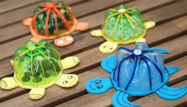 Turn recycled plastic bottles into colorful turtles!  A fun eco-friendly craft for kids. I LOOOOVE turtles!! XOXO Jimmy