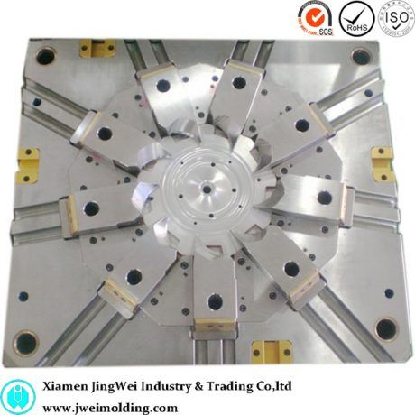 China Supplier of Plastic injection mold maker