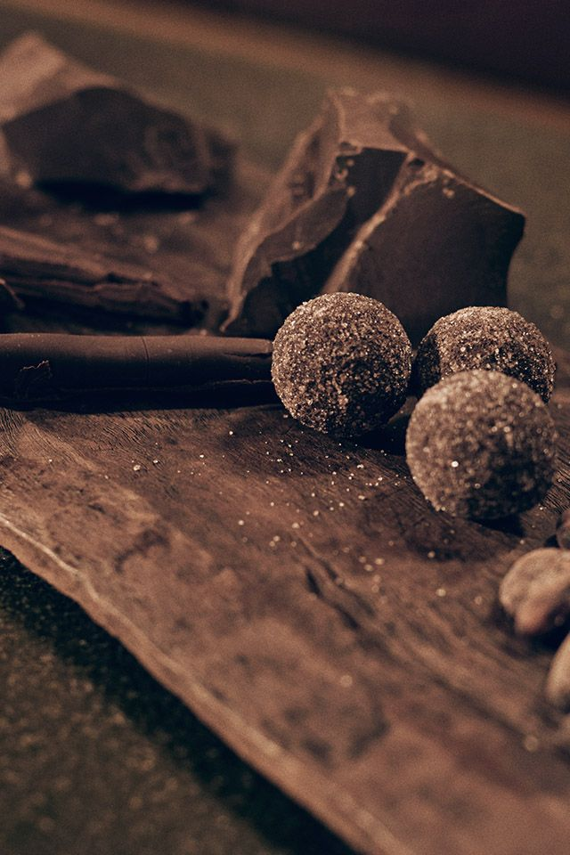 Indulgence – ignite your senses Chocolate has long been considered a luxury, going back to the discovery of the cocoa bean, which the Mayans and Aztecs used as precious currency. / Lincoln Black Label