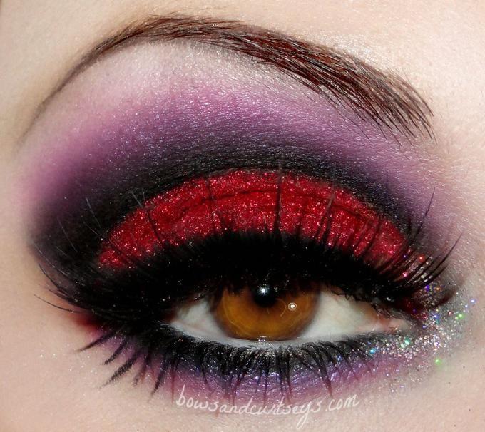 Pinspire - Pin de Raquel S.:Look rojo y morado, ideal para halloween, vampiresa