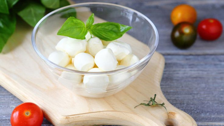 Моцарелла своими руками! Как сделать отличный сыр на обычной кухне?