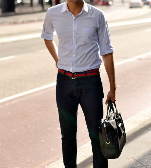 I find a lot of guys wear oxford shirts too loose, and it looks sloppy. Wear 'em nice and fitted, but not tight. Way better.