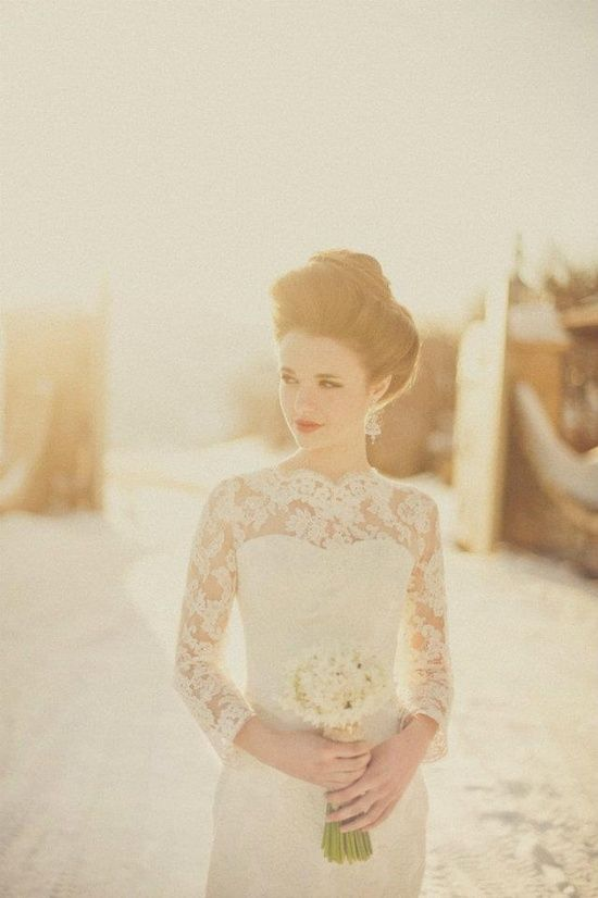 Vintage lace 3/4 sleeves sweetheart neckline wedding dress