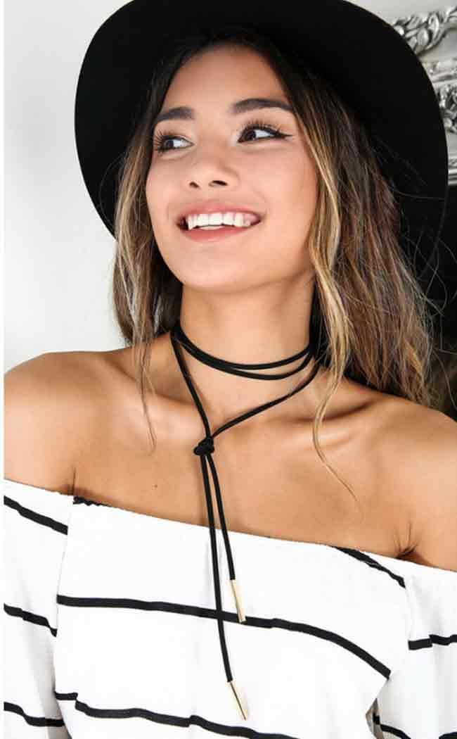 This summer hit is of course the tie choker necklace which you will love. This fashion trend keeps coming back over and over again from the 90's till today. There're different style combinations and varieties of this accessory, but most certainly...