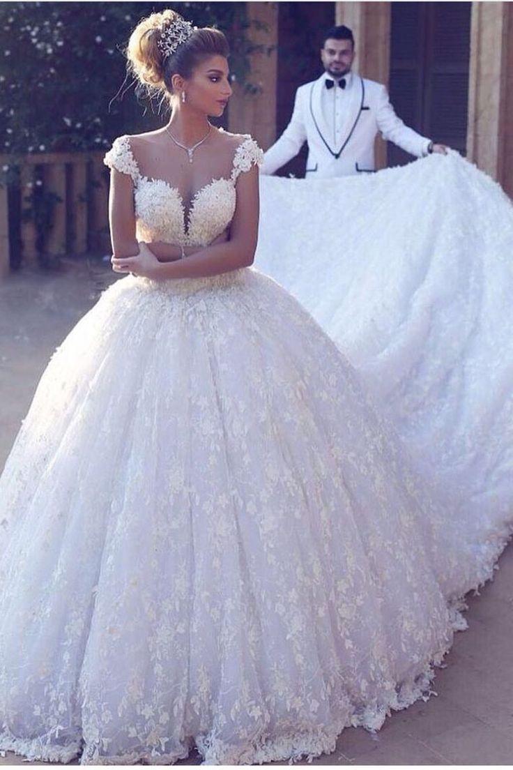 2019 vestidos de novia bata de pelota fuera del hombro Tren de la catedral de encaje US$ 499.00 VTOPBYTNJ1R