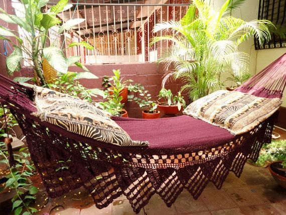 One Color Red Wine Single Hammock Hand-Woven Natural Cotton Triangle Fringe