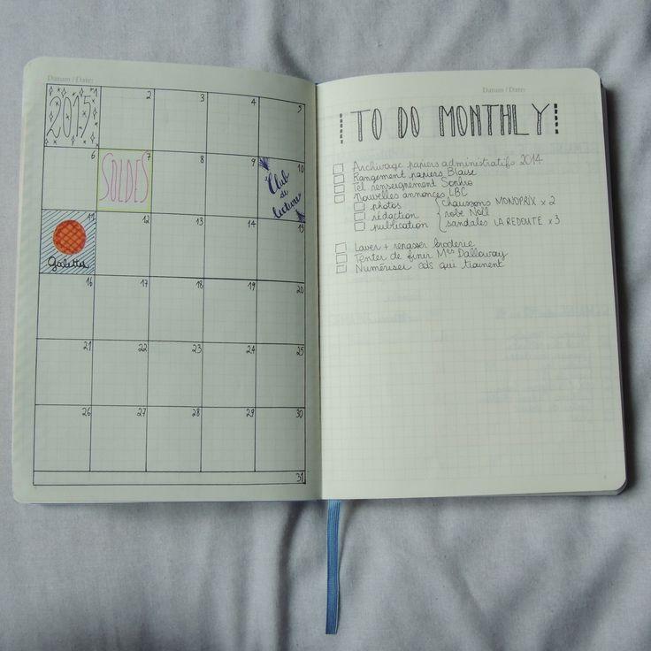Calendrier mensuel                                                                                                                                                                                 Plus