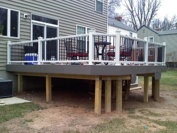 Best White Deck Black Spindles Grey Skirt Board And Posts 640 x 480