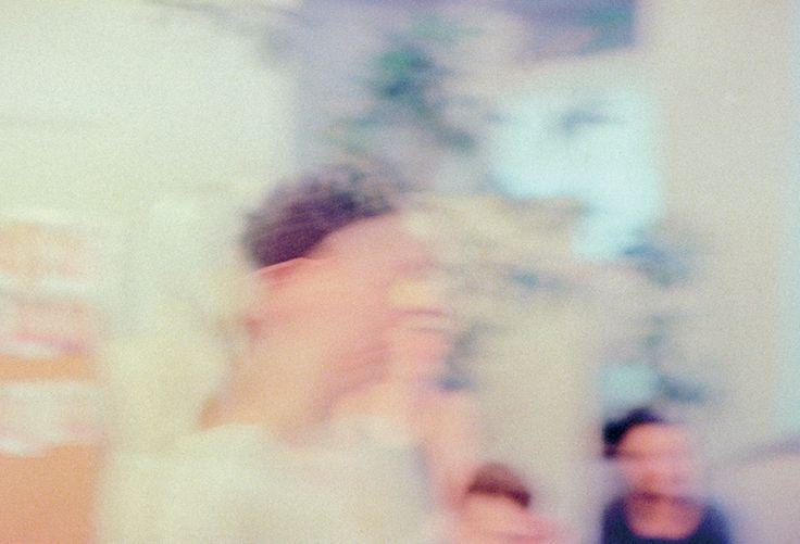 アップルやエースホテルなどの広告写真を手がける、写真家 マルセロ・ゴメスの個展「No Corner True」 – HITSPAPER