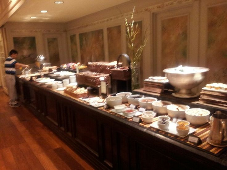 Desayuno En Restaurant Mediterraneo. Hotel InterContinental Buenos Aires http://www.icbuenosaires.com.ar/Restaurantes.asp
