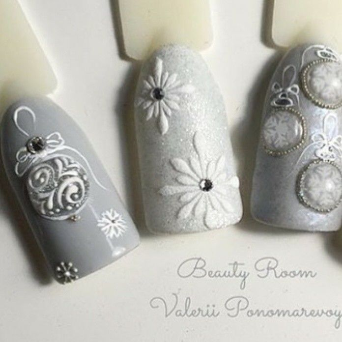 Winter 2017 elegant silver holidays Christmas nail art Luxury Beauty - winter nails - http://amzn.to/2lfafj4