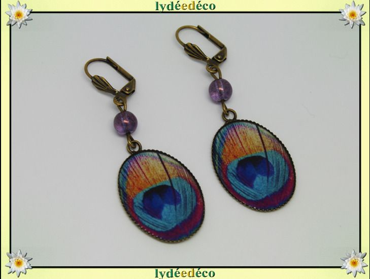 Boucles d'oreilles retro Plume paon bleu rose turquoise orange en resine et laiton 18 x 25mm : Boucles d'oreille par lydeedeco