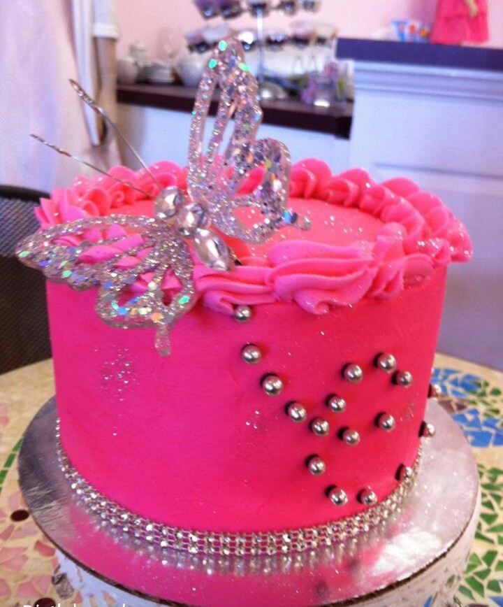 Best 10+ Hot pink cakes ideas on Pinterest Pink cakes ...