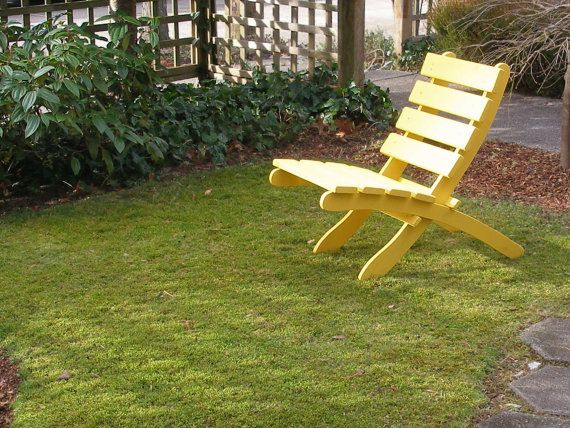 Colorful cedar chair for home patio cabin color yellow stoelen pinterest color yellow Www wooden furniture com