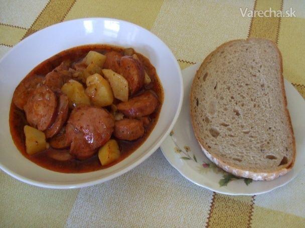 Buřtguláš (fotorecept) - Recept