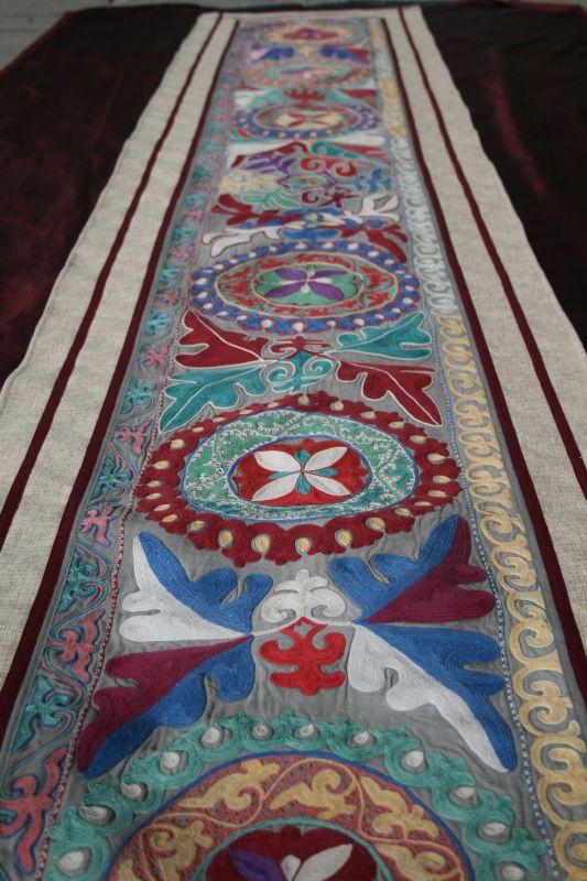 Панно - ручная старинная вышивка