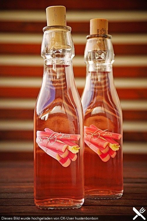 Rhabarber - Schnaps, ein schmackhaftes Rezept aus der Kategorie Likör. Bewertungen: 12. Durchschnitt: Ø 4,2.