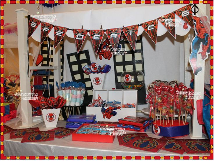 10 best images about candy bar spiderman on pinterest for Mesas para bar
