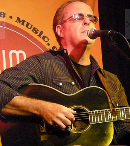 Tom Russell is a consummate storyteller. Mesabi features 15 Southwestern stories and guests like Calexico, Van Dyke Parks and Lucinda Williams.