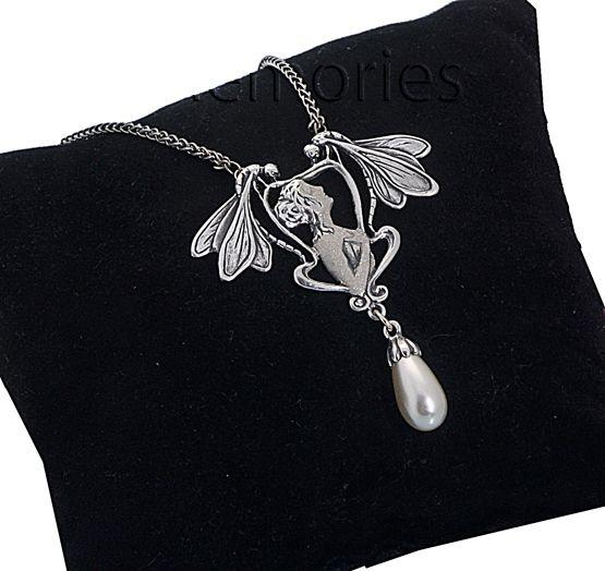 Zilveren Collier Art Nouveau 39 Cm.