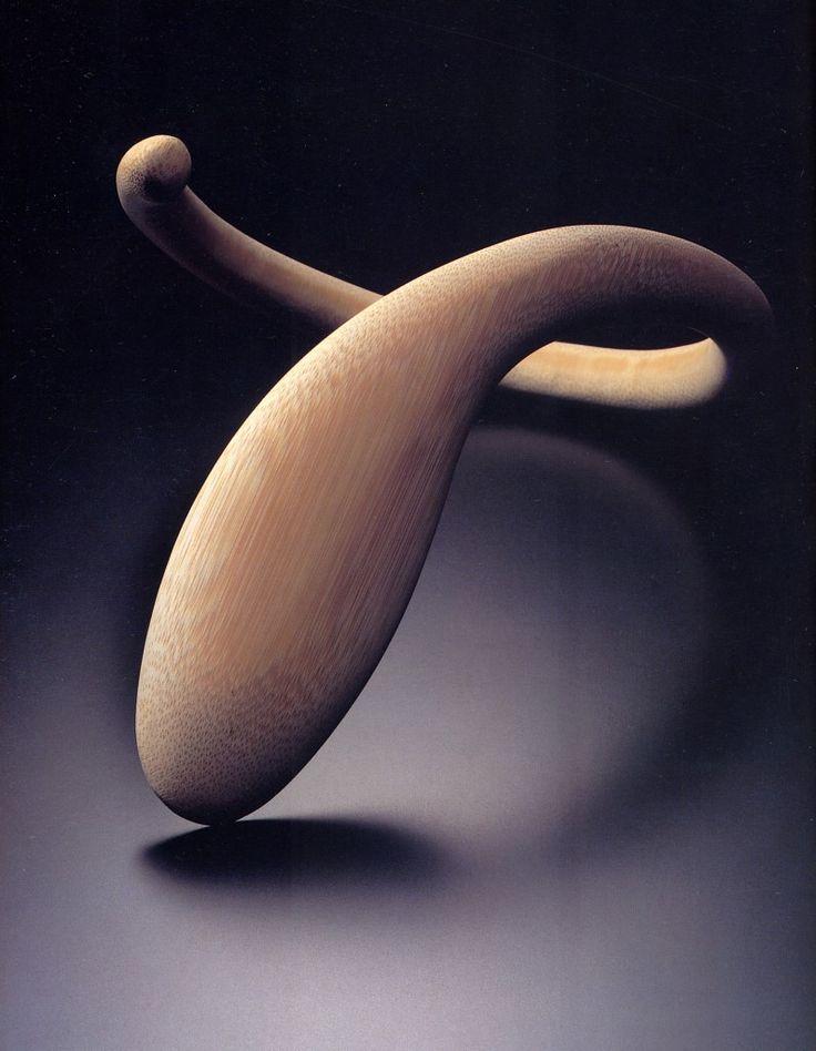 Tomomi Matsunaga : Natural bamboo necklace, 2001. From Contemporary Japanese Jewellery.