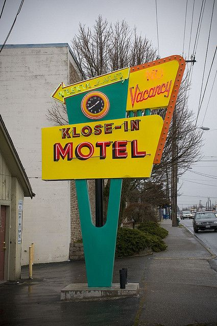 "Kitchy motel signage. ""Vacancy"" signals opportunity. The design promises energy.   Klose-In Motel Street Signage"