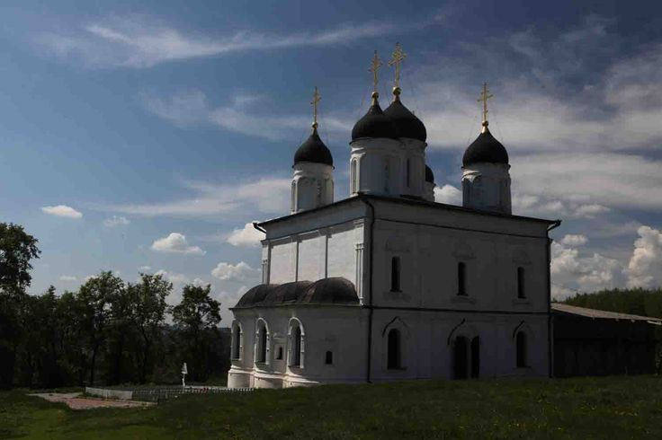 Болхов - Троицкий Оптин монастырь, Троицкий собор