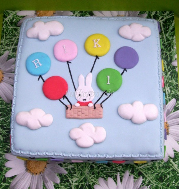 Miffy cake..love this reminds me of a Miffy game I had as a child
