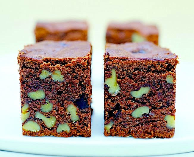 Chocolate fudge brownies : The Healthy Chef – Teresa Cutter