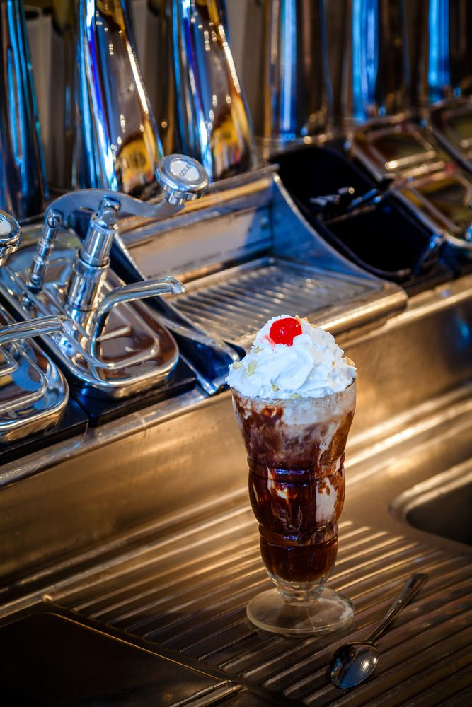 36 best best places to eat in gatlinburg images on for Old fashioned soda fountain near me