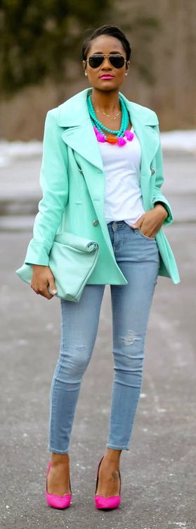 Bright mint jacket + white tee + distressed skinnies + neon pink pumps